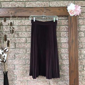 H&M pleated purple skirt